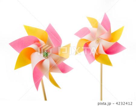 簡単 折り紙 : 折り紙 かざぐるま : pixta.jp