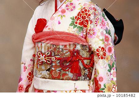 着物 帯 振袖 帯飾りの写真素材 Pixta